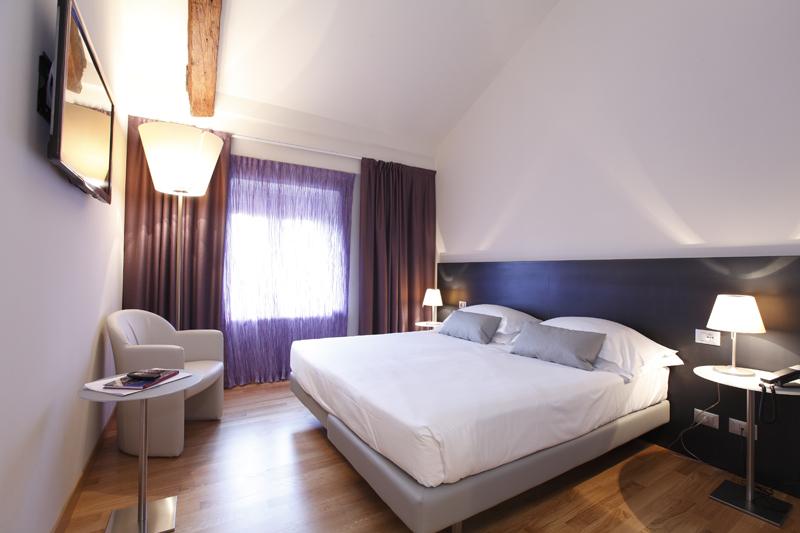 hotel_annunziata_ferrara_suite_302_015